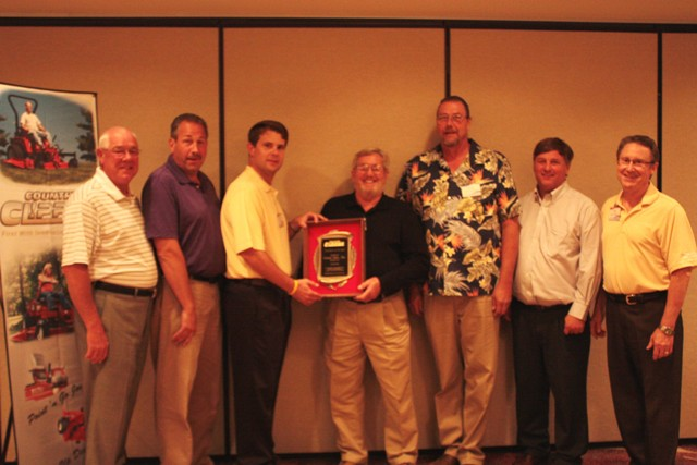 Country Clipper Names Conniff Sales, Inc. 2012 Distributor of the Year