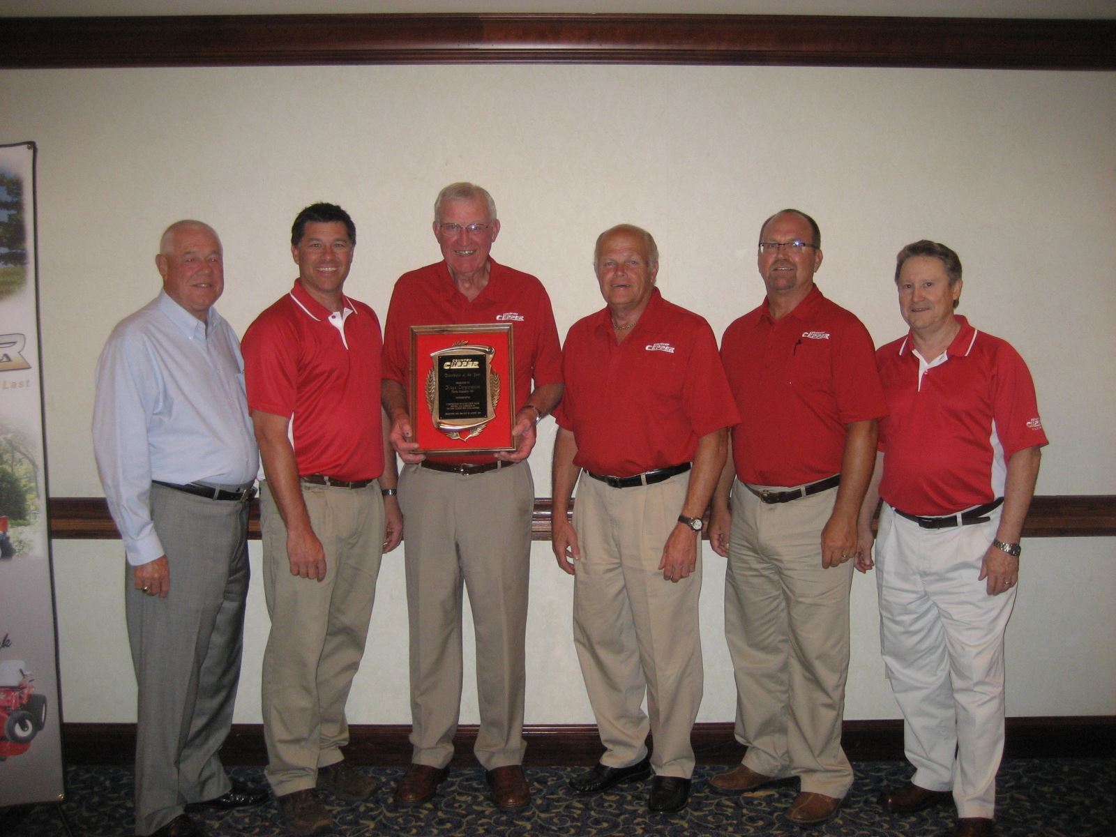 Country Clipper Names Kaye Corporation 2011 Distributor of the Year
